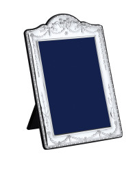 P Series – Traditional bells and bows silver photo frame